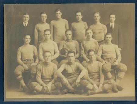 1913 Football Team