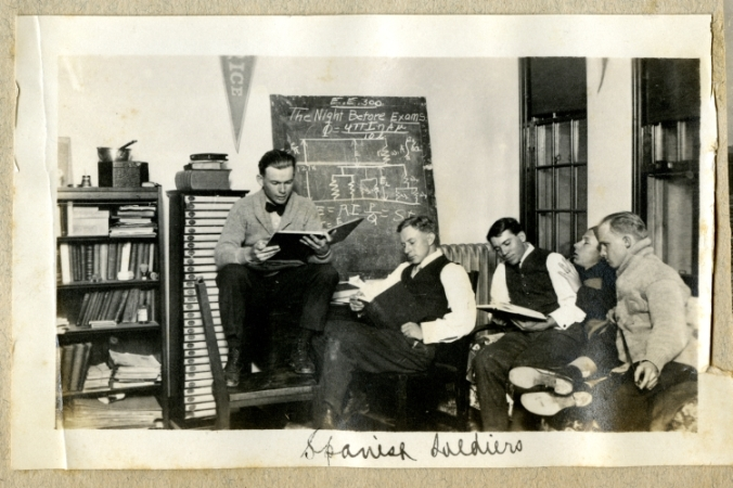 Rice Institute students studying in a room, 1912