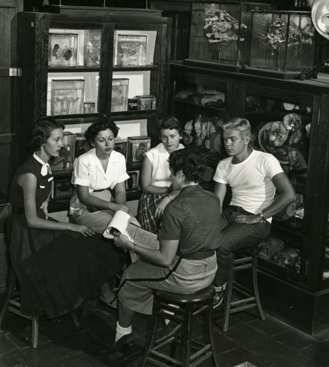 Biology lab seminar meeting, 1954