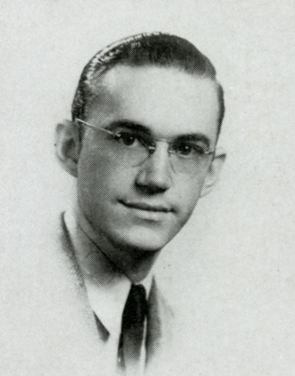 Senior photo from the 1940 Campanile