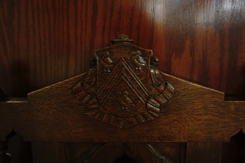 Owl detail on chair