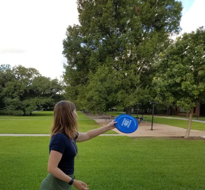 frisbee-throw